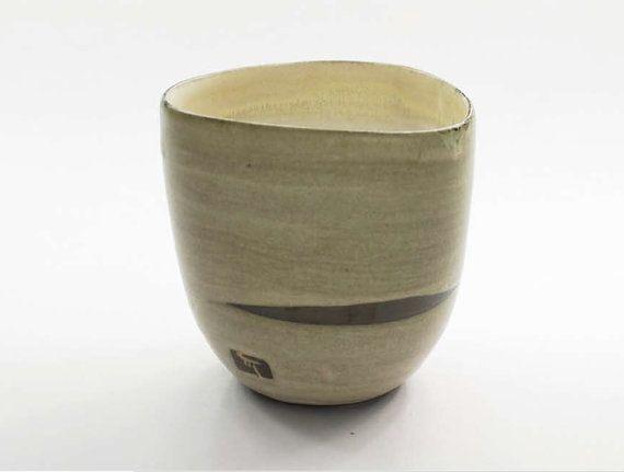 Bicchierone ergonomico tazza in gres senza manico di TerraInforme