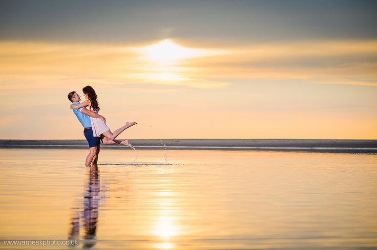 Wells-next-the-Sea, Norfolk engagement photo shoot. Beach couple. Romantic sunset. www.jameskphoto.co.uk