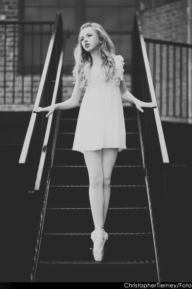 Another great black and white. Dance. Ballet. Pointe. Posing. ♥ www.thewonderfulworldofdance.com #ballet #dance