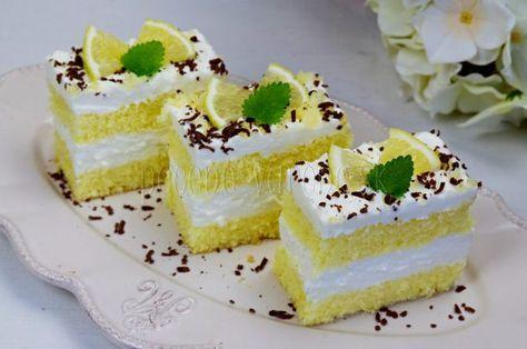 Jemné citrónovo-šľahačkové rezy | Pečené-varené.sk