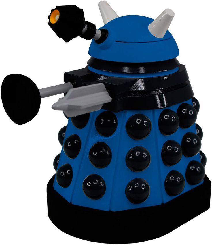Figura Titans Strategist Dalek 16 cm. Dr. Who. Titan Merchandise  Estupenda figura del personaje Titans Strategist Dalek de 16 cm de altura y fabricada en vinilo de alta calidad que podemos ver en la exitosa serie de TV el Dr. Who. Una figura coleccionable muy bien moldeada, pintada y 100% oficial y licenciada.