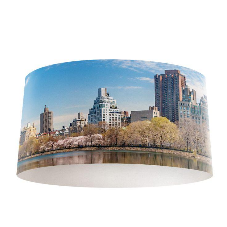 Lampenkap Stad reflectie | Bestel lampenkappen voorzien van digitale print op hoogwaardige kunststof vandaag nog bij YouPri. Verkrijgbaar in verschillende maten en geschikt voor diverse ruimtes. Te bestellen met een eigen afbeelding of een print uit onze collectie.  #lampenkap #lampenkappen #lamp #interieur #interieurdesign #woonruimte #slaapkamer #maken #pimpen #diy #modern #bekleden #design #foto #stad #newyork #manhattan #usa #amerika #unitedstates #us #verenigdestaten #wereldstad #gebouw
