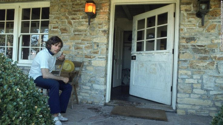 "August of 1969. Roman Polanski sitting outside his house after his 8 1/2 months pregnant wife Sharon Tate was brutally killed by the Charles Manson ""family"" [980x552]"