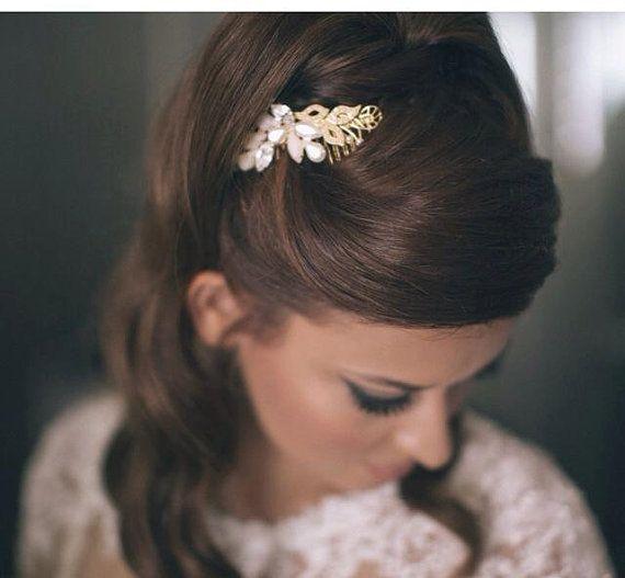 エレガントに♡秋の結婚式の花嫁衣装 髪型候補♡ウェディングドレス、カラードレスにも似合うヘアスタイルまとめ一覧♡
