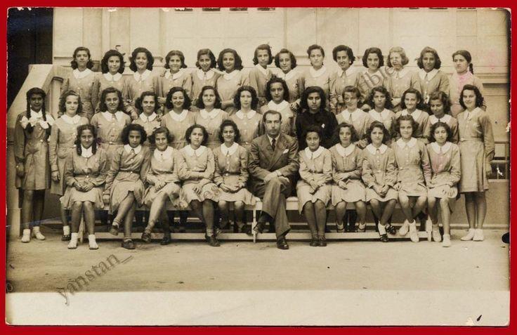 #20932 Greece 18.5.1940. Schoolgirls. Photo PC size