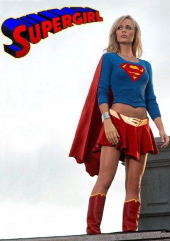 Smallville's Supergirl - Kara Kent   iPhone Wallpaper