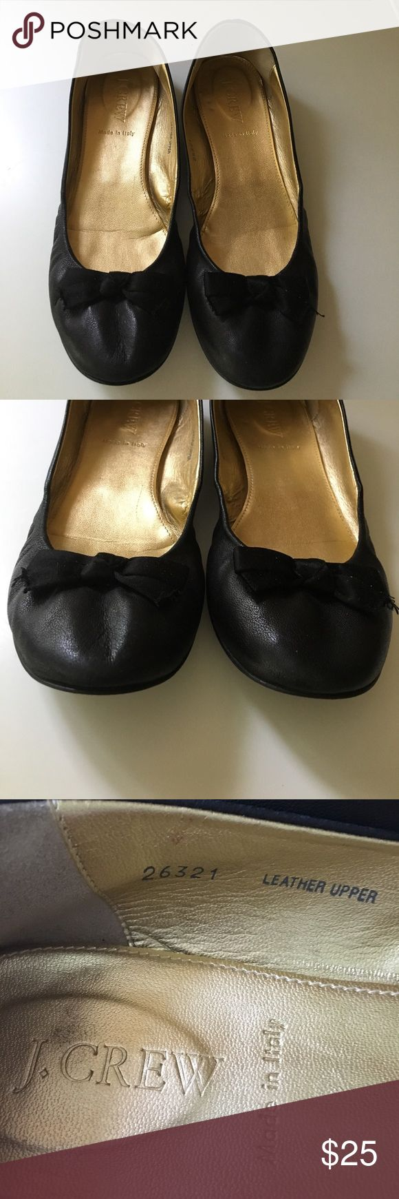 CLASSIC Black soft leather ballet flats with bow Just had foot surgery can't wear my favorite shoes Priced for quick sale Perfect for summer classic black ballet flats Great used condition jcrew Shoes Flats & Loafers