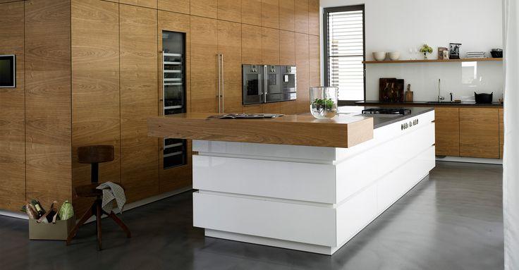 Schreinerküche Eiche Kücheninsel - werkhaus küchenideen Haus - küche schwarz braun