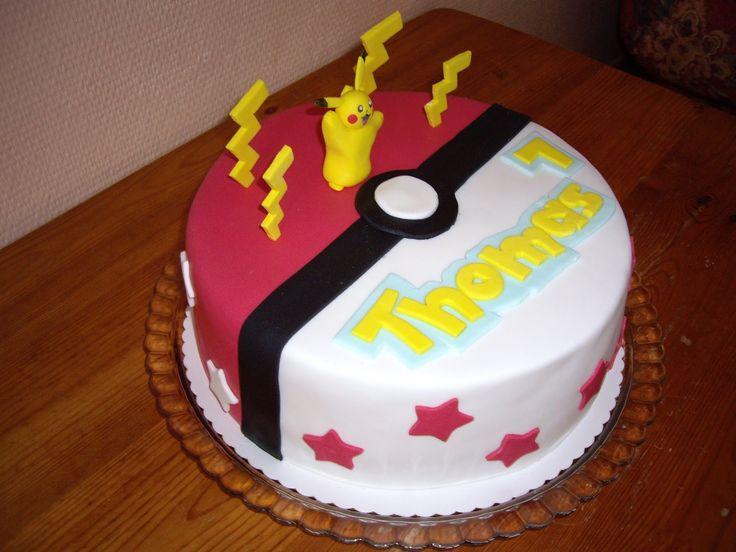 Un gâteau d'anniversaire pokémon