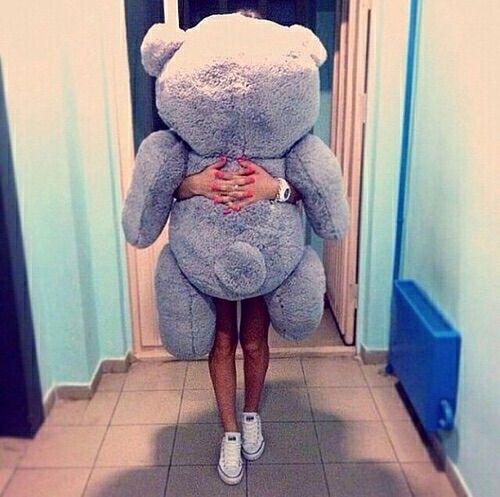 Image via We Heart It https://weheartit.com/entry/139701219/via/2621538 #aw #boy #converse #cute #girl #love #teddybear