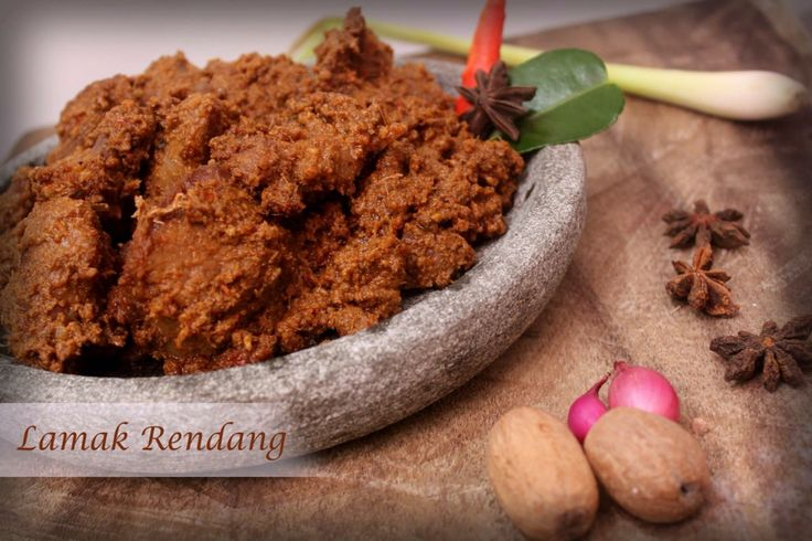 RENDANG SAPI FOR ORDER PLEASE TEXT 62 8111888528 www.rendanglamak.com