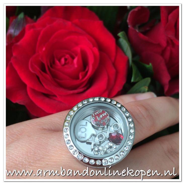 De favoriete Lucky Charm Sieraden zijn nu uitgebreid met ringen. Creeër nu ook je eigen ring. Kom kijken in onze webshop www.armbandonlinekopen.nl
