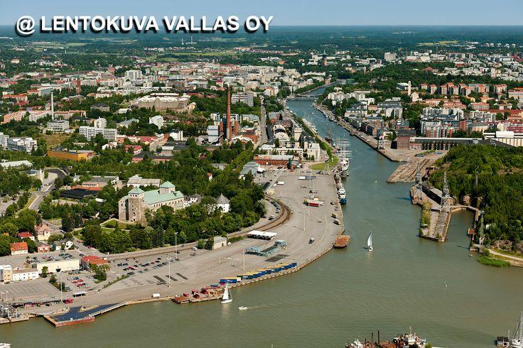 Turun kaupunkia ilmasta kuvattuna Ilmakuva: Lentokuva Vallas Oy