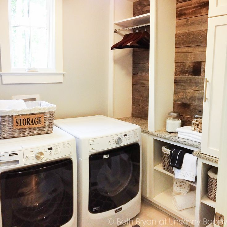 Reclaimed wood in the laundry room u003d