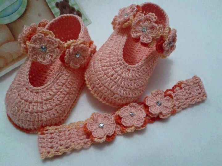 crochet-baby-shoes-21