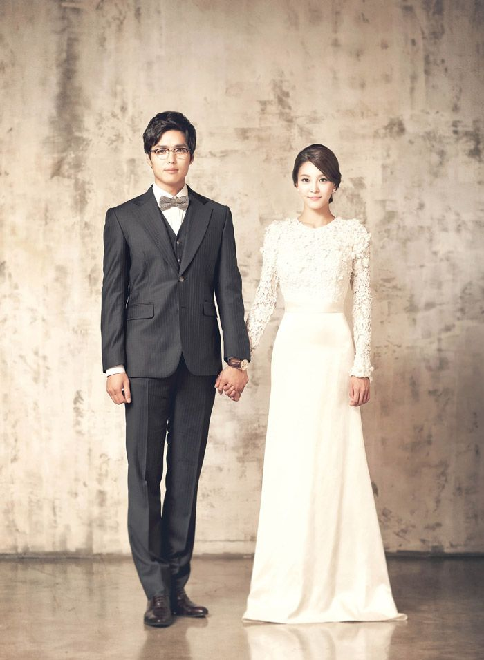 cool wedding shot ideas%0A Korean Style Wedding Photography  The Wedding Notebook magazine
