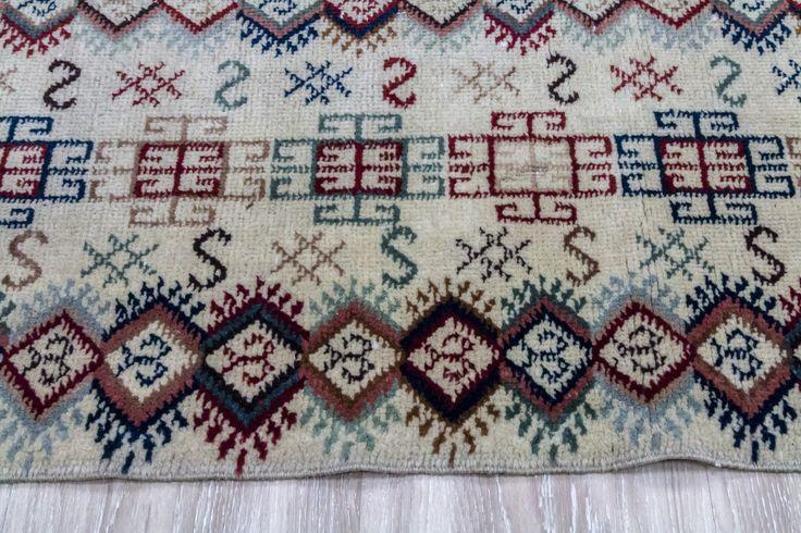 Math-e-magic - Vintage Turkish Carpet