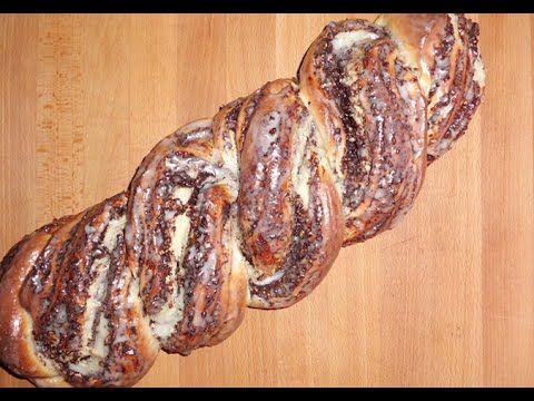 Sallys Nusszopf - Wie vom Konditor 13.04.12: 500 g Mehl 80 g Zucker 1/2 TL Salz 1Würfel Hefe 250 ml lauwarme Milch 1 Ei 80 g weiche Butter  - youtube.de