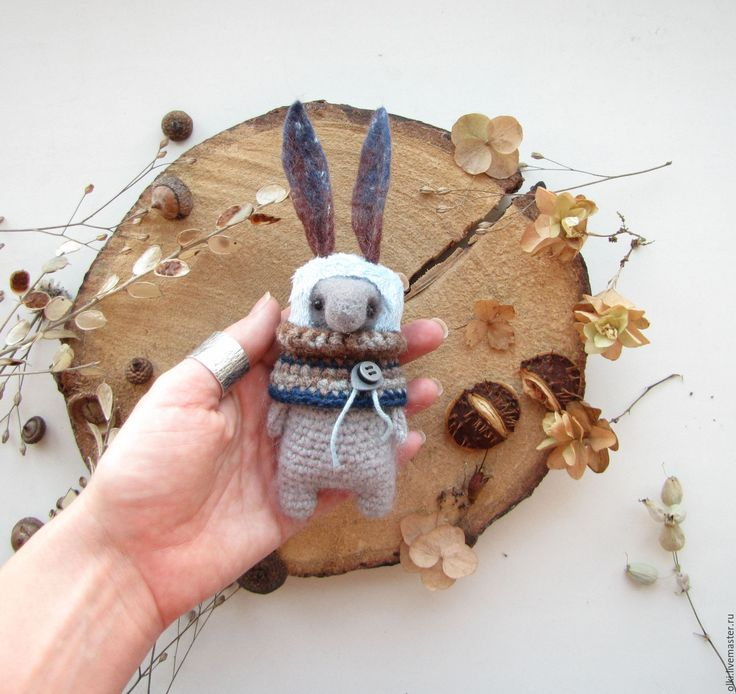 Купить Игрушка вязаная и валяная Заяц - заяц, кролик, игрушка ручной работы, Идея для подарка