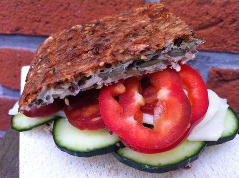 Kernebrød med græskar- og solsikkerkerner, sesam- og hørfrø | Rav Food
