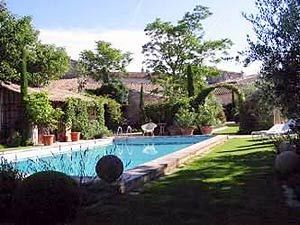 Bed And Breakfast Guest Houses (2 Pers.) For Rent With Swimming Pool