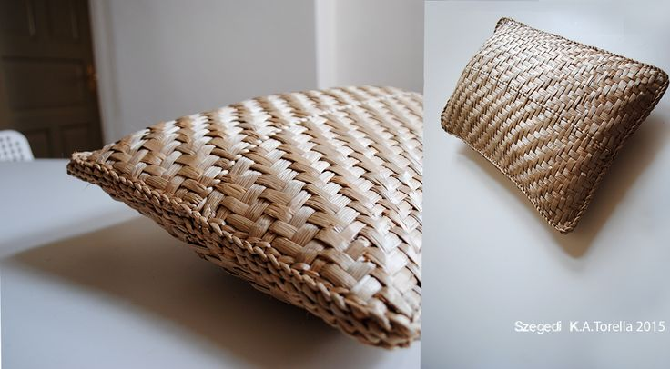 Natural touch -  NÁD SZÁL Pillow (by rushes) #home #basketry #craft #decoration #pillow #hungarian #rusticdesign #organic