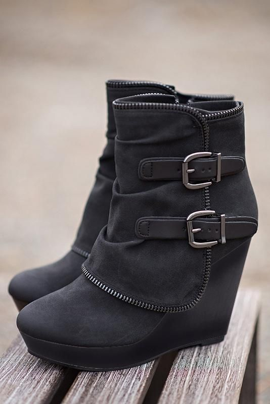 Women Boots Ankle Wedge Heel Casual Style Zipper Fashion Shoes