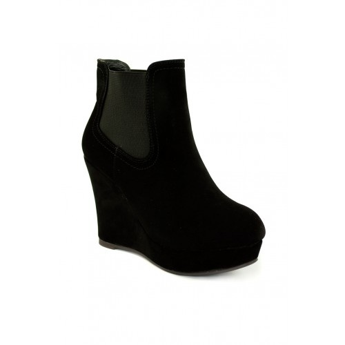 http://lessthan10pounds.com/footwear/boots/suede-look-wedge-boots.html