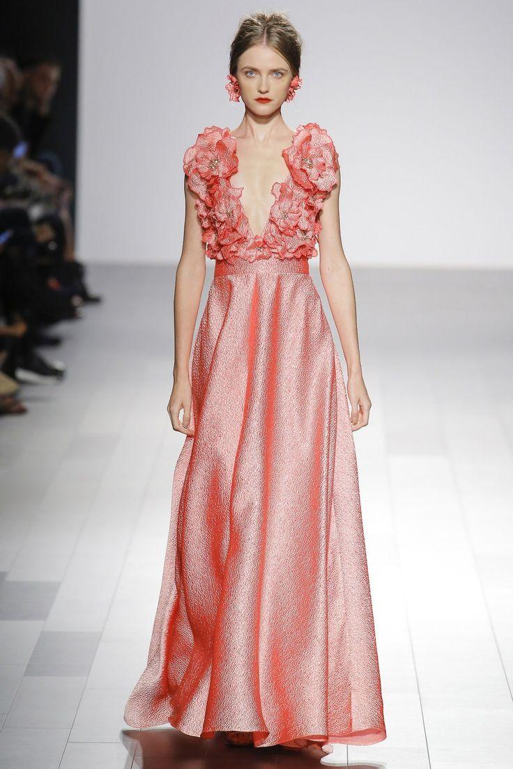 Mejores 889 imágenes de FASHION - Designer Gowns en Pinterest ...