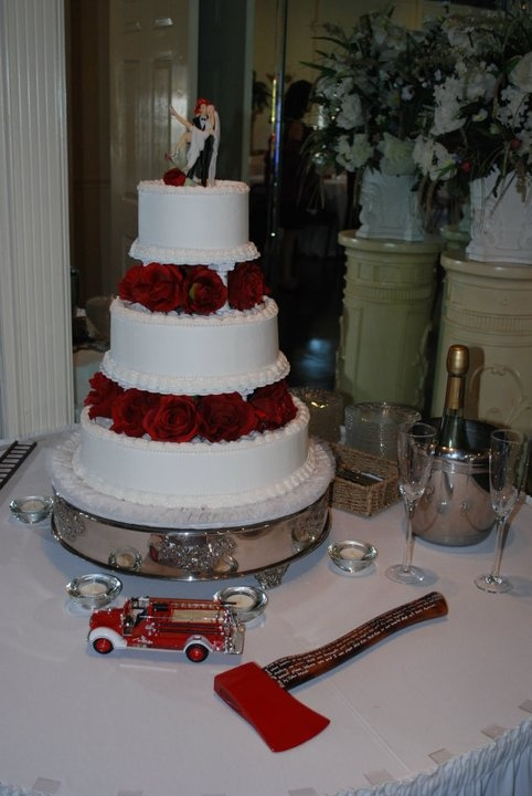 fireman themed wedding cakes best 25 firefighter wedding cakes ideas on 14272