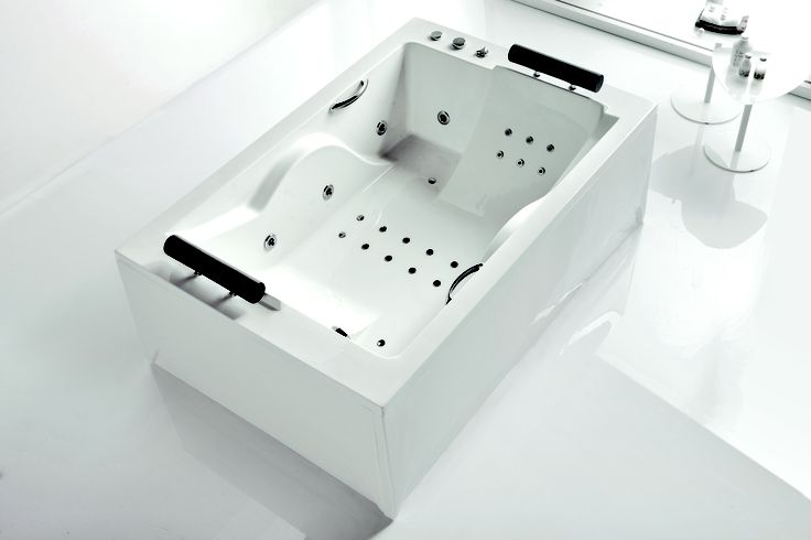Brescia bath by Acquaidro