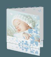 Klassiek geboortekaartje met newborn foto ruit en vlinders
