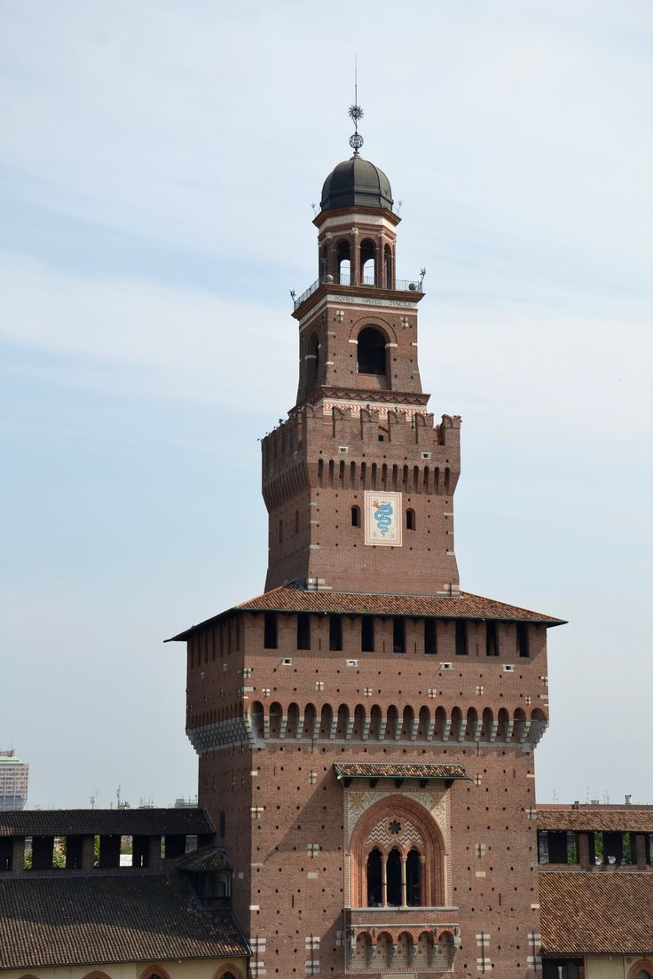 Castello Sforzesco- one of the main attractions in Milan. Discover Camplus Milan