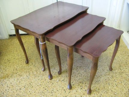 $70 FRENCH Country Nest of TABLES Set of 3 Lamp Tables Text 0411691171 or email info@bitspencer.com