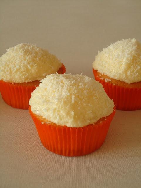 Kokos cupcakes met ananas
