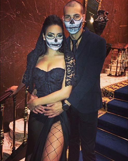 50 awesome couples halloween costumes - Girl Halloween Masks