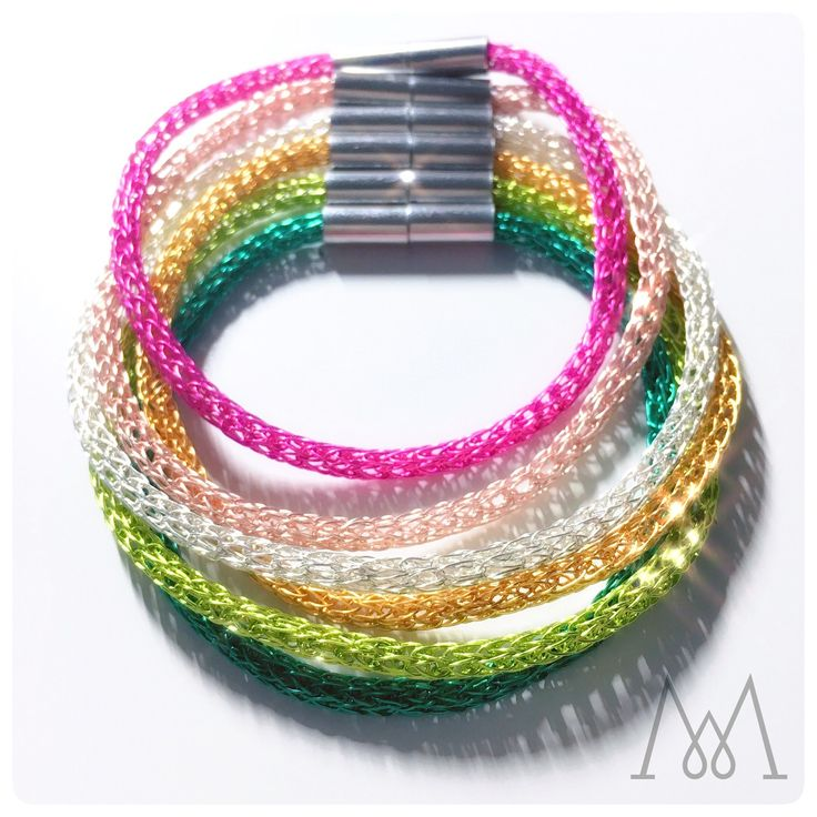 Elegant wire bracelets Mix&Match the colors to create your unique color bangle. #minimal #accessories #jewelry #jewellery #gold #silver #rosegold #gilt #pink #blue #green #emerald viking #vikingknit #wire #wearableart #bracelet #fashion #trendy #elegant #luxury #glamour #women #olive #mixandmatch