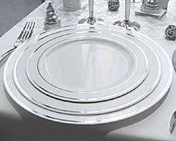 assiette plastique lisere argent