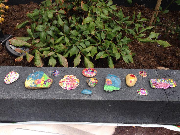 Creatief met stenen en nagellak