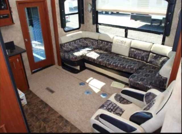2011 Used Keystone Fuzion 322 Toy Hauler in North Carolina NC.Recreational Vehicle, rv, 2011 Keystone Fuzion 322, We are selling our 2011 Fuzion 322. The rig is clean, well cared for and always covered when stored. We put 4 brand new tires on the rig in September of 2014. We also purchased a tire warranty with them. The unit includes fully transferable warranty that's good until July 2017. We put a new A/C unit on it 2 years ago. So now the trailer has 2 ducted A/C units and a ceiling fan…