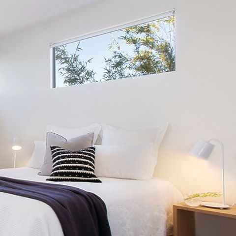 Best 25+ Window above bed ideas on Pinterest | Window ...