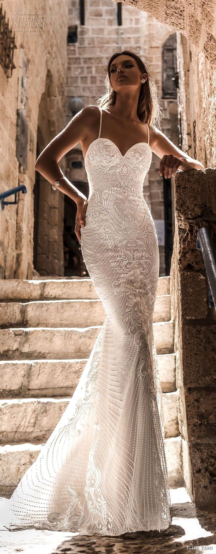 Elegant wedding dress. Ignore the soon-to-be husband, for the time being lets co…