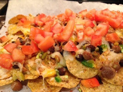 How to make Nachos Platter at home? (Easy entertaining ideas)