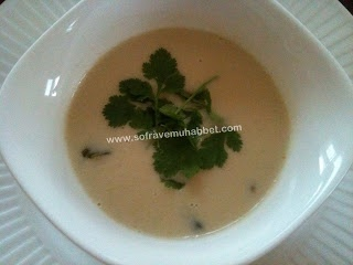 Tom Ka Gai - Hindistancevizi sütünde eksili çorba (Tayland) - www.sofravemuhabbet.com