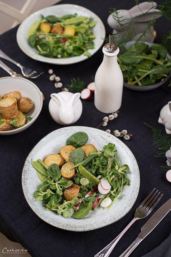Fruehlingssalat mit Roestkartoffeln, Frühlings Rezept, Frühlings Salat, Röstkartoffel, Kartoffel, Radieschen, Salat Rezept, schnelles Rezept, gesundes Rezept, Feldsalat, vegetarisches Rezept, vegetarisch, veggie