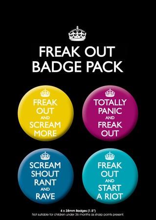 $5.99 Paniquez et ... : parodie du slogan Keep Calm And Carry On - Restez calme et continuez, paquet de quatre badges Fête - humour