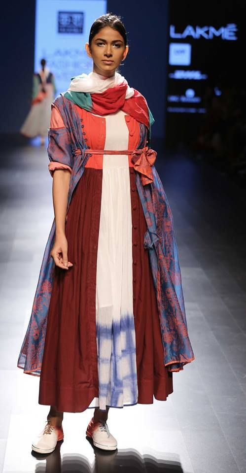 Day 3 saw a continuation of the desi meets mod. From kitsch prints to handcrafted fabrics, here are 5 designers on our top 5 favourites.
