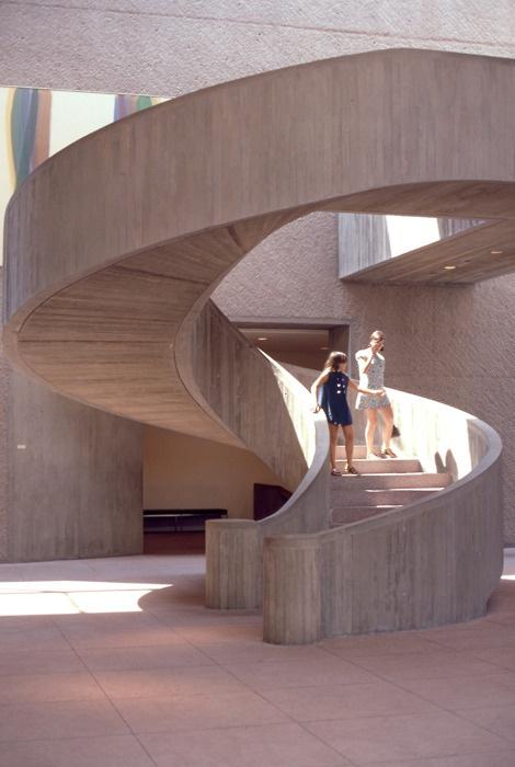 Everson Museum of Art, Syracuse, New York, 1968    (I.M. Pei)