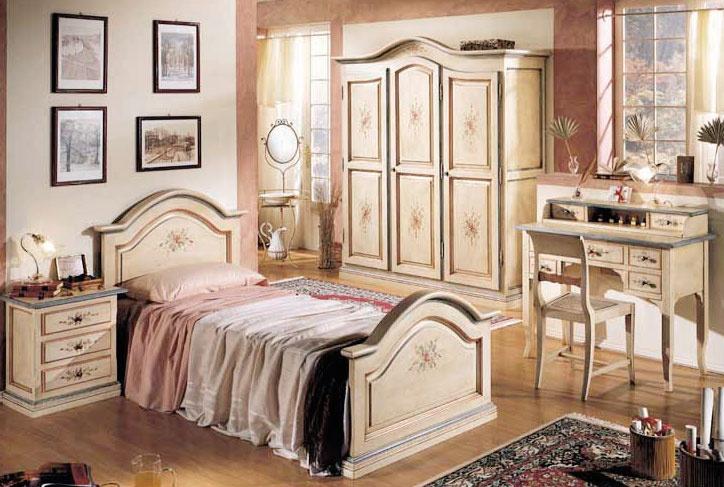 Ręcznie malowane meble do sypialni.