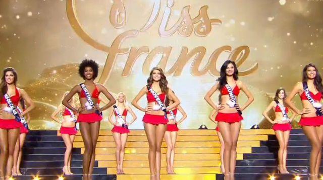 EN DIRECT. Miss France 2016: les 5 finalistes sont connues, les îles à l'honneur!